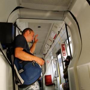 Flagramos o cara suando no tram de Viena