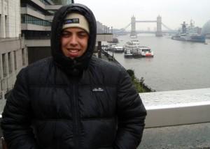 Foto rápida com a Tower Bridge ao fundo