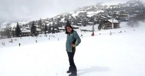 Realizando sonho de infância, Karina e a neve em Les Esserts, Bagnes.