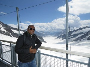 Eu e o Aletschgletscher no fundo