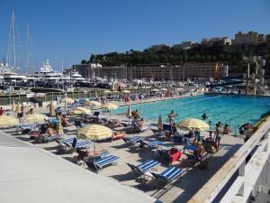 A piscina pública de Mônaco