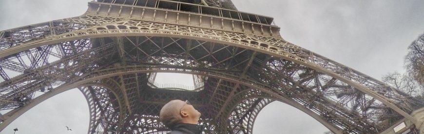 Subindo a Torre Eiffel sob máxima segurança